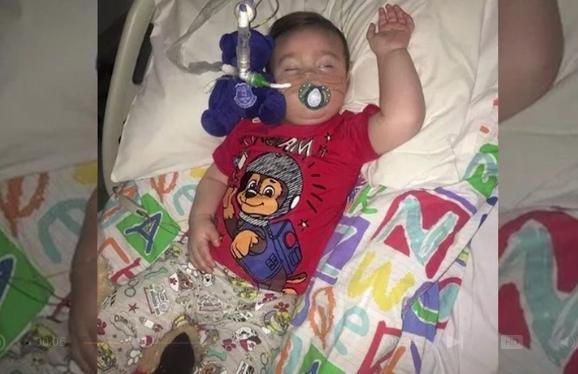 Zum Tod des kleinen Alfie: Gefordert von Ärzten, genehmigt durch Richter – ist das menschlich?