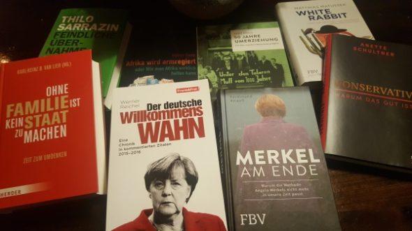 Bücher unter dem Weihnachtsbaum: Persönliche Empfehlungen für Ihren Gabentisch