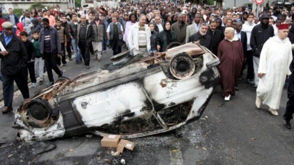 Frankreichs Militärs stehen auf! Doch der gewaltbereite Islamismus ist auch unser Problem