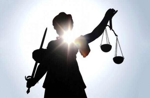 GASTSPIEL: Heinrich Schmitz* über den Rechtsstaat, der an Akzeptanz verliert