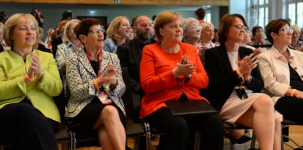 Ein Beschluss, der gar keiner war? Frauen Union will unbedingt Merz nicht….