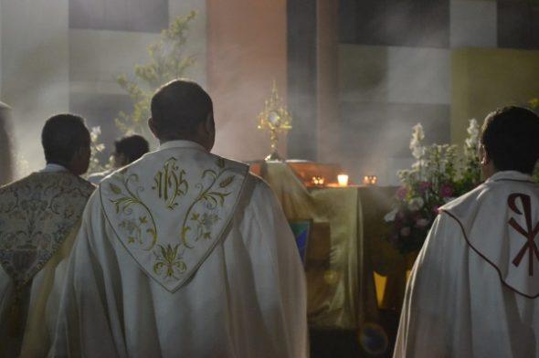 GASTSPIEL OLIVER WAGNER: Was macht die Heilige Messe eigentlich heilig?