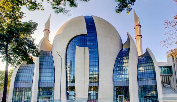 """Verhältnis zum Islam """"neu ordnen""""? Möglich, aber auf Basis unserer Regeln und Traditionen!"""