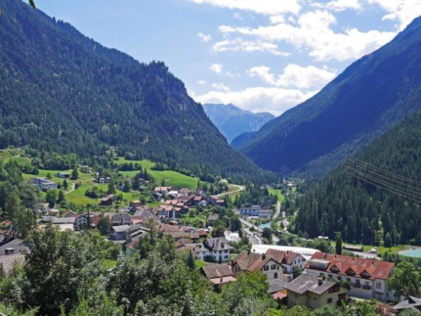 GASTSPIEL FRANK JORDAN Die Schweiz: Alpiner Vorposten von Unrecht und Gewalt?