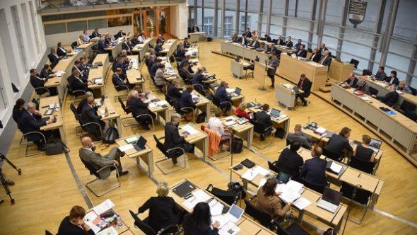 Showdown in Magdeburg – CDU-MP schmeißt CDU-Minister raus wegen eines Interviews